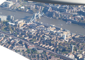 Tower Bridge z Airbusu A320