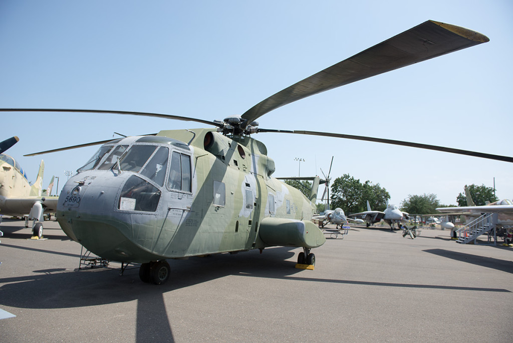 Sikorsky-CH-3E - Jolly green giant