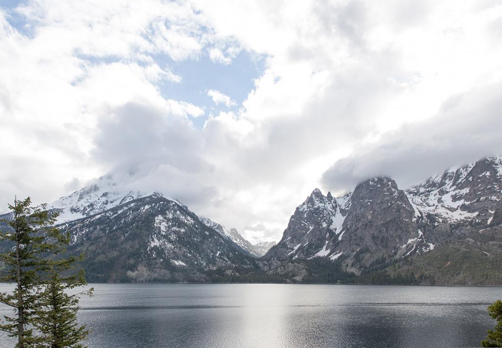 Grand Teton v mlze