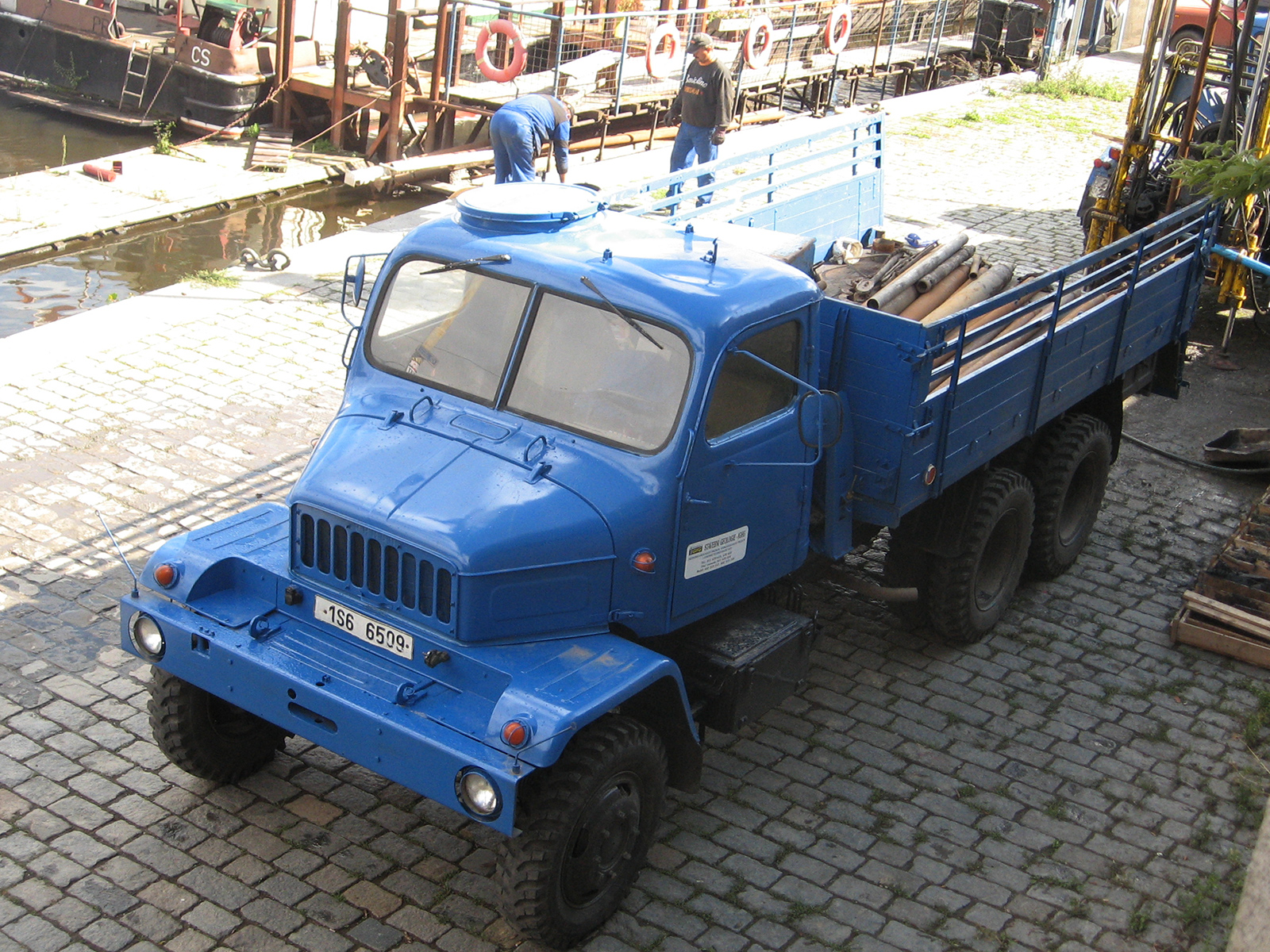 slavný nákladní automobil Praga V3S
