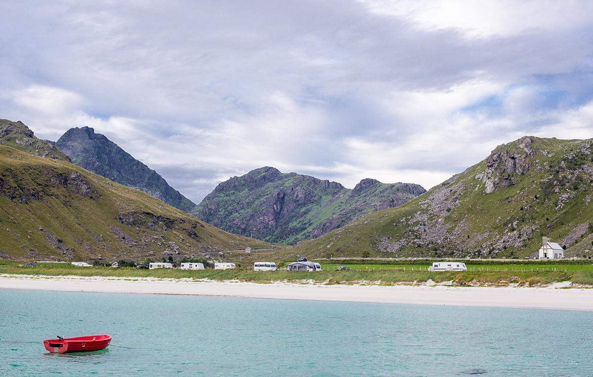 pláž Haukland, Lofoty, Norsko