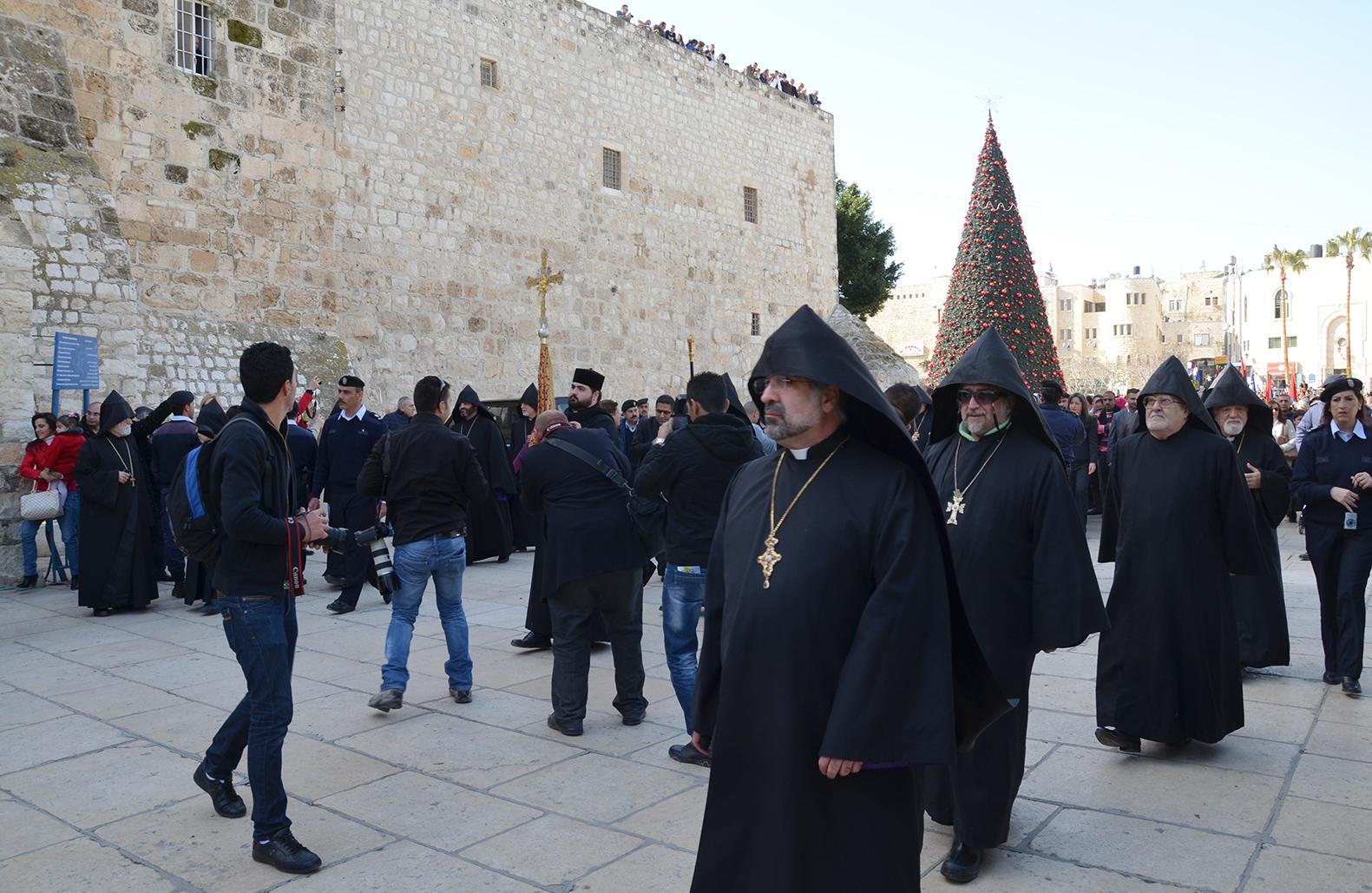 Kněží v Betlémě, Západní Břeh