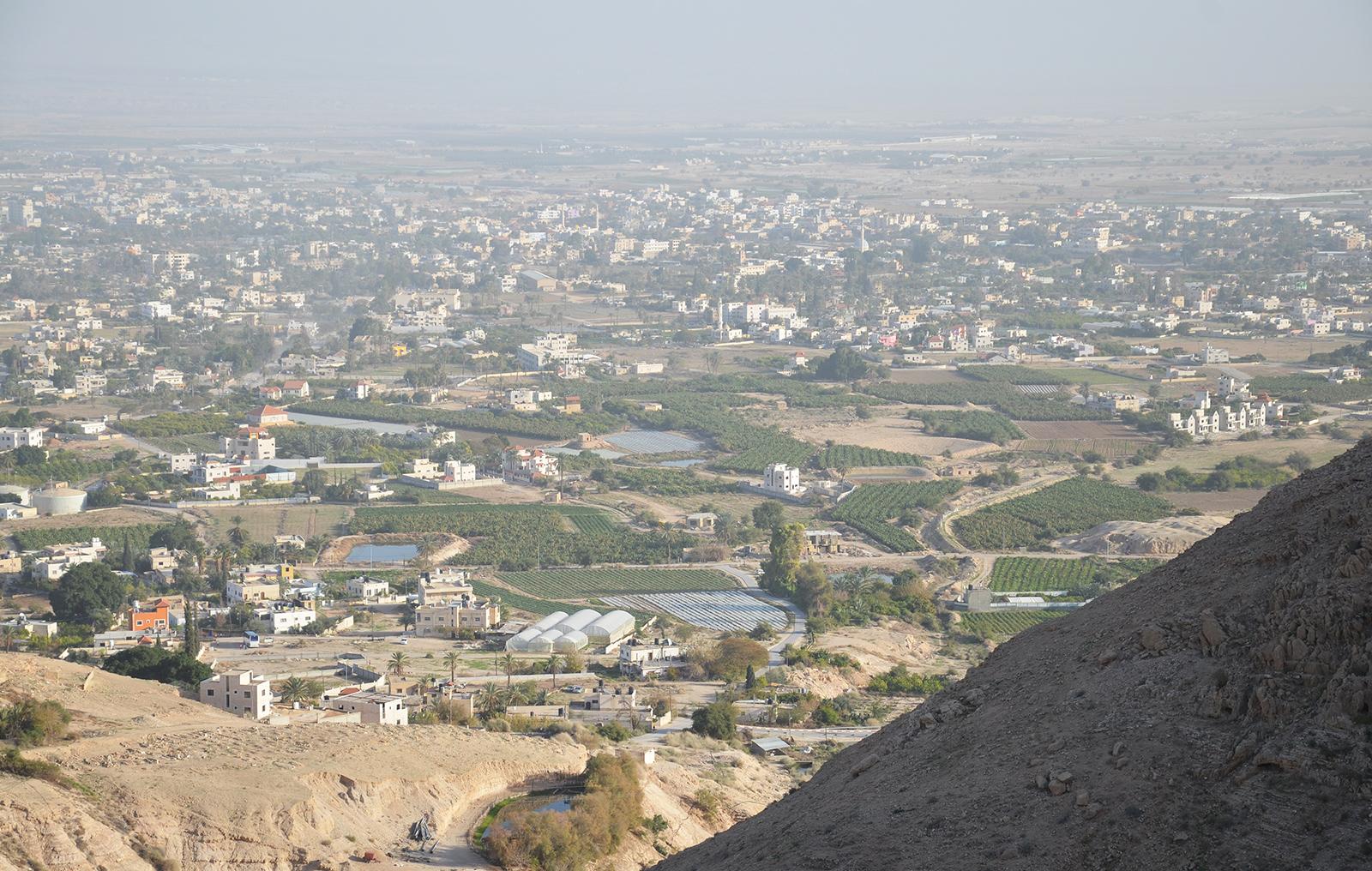 Výhled na Jericho z Klášera pokušení, Jericho, Západní Břeh