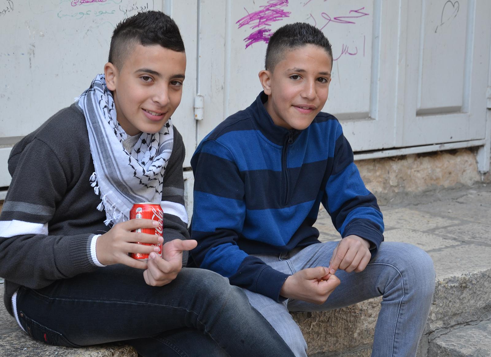 arabští kluci kdesi v Jeruzalémských uličkách, Izrael