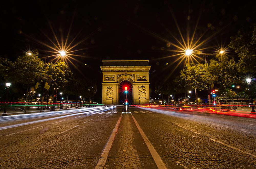 vitezny oblouk v parizi a francii