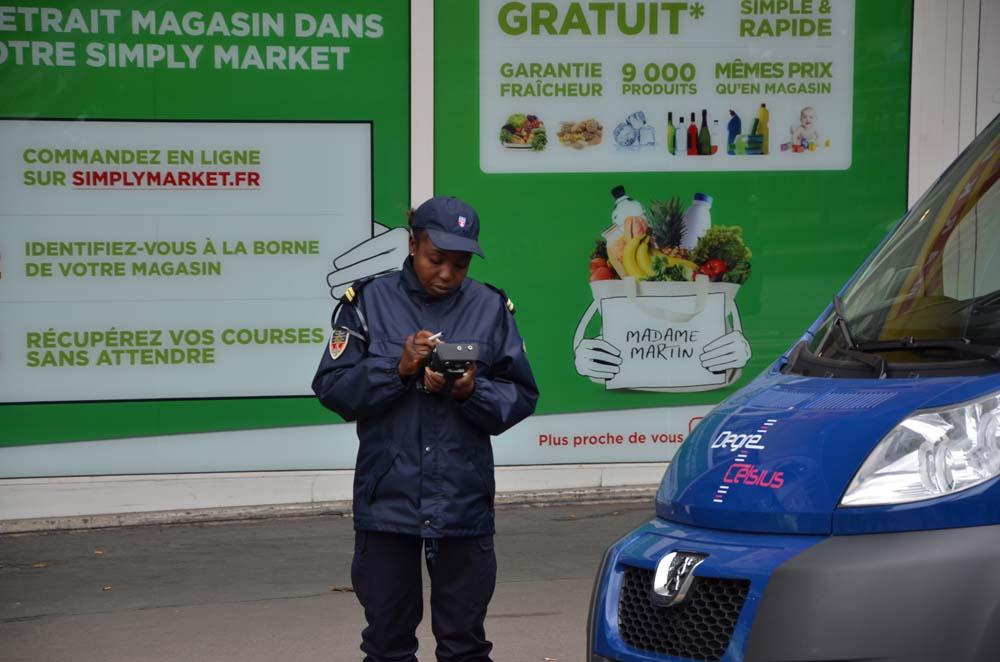 policistka v parizi