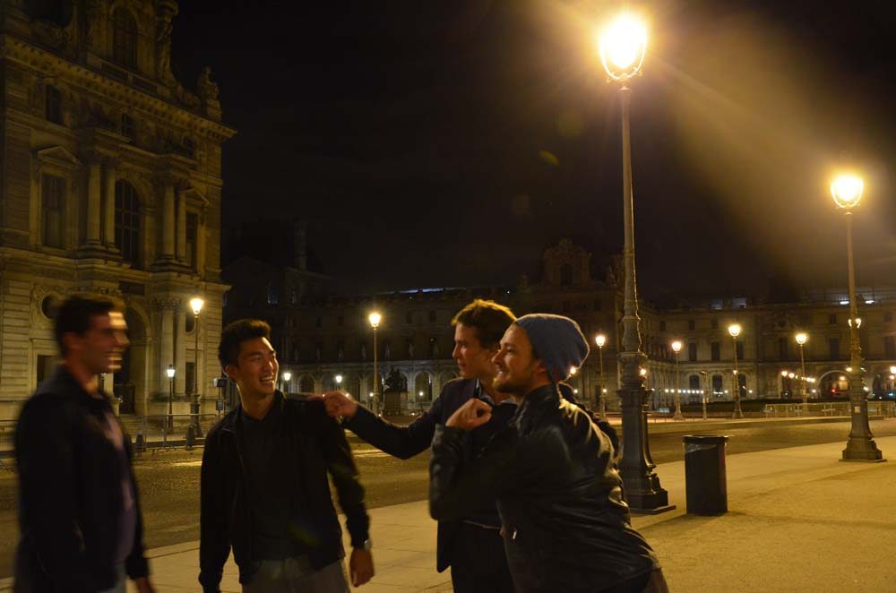 louvre a parizani