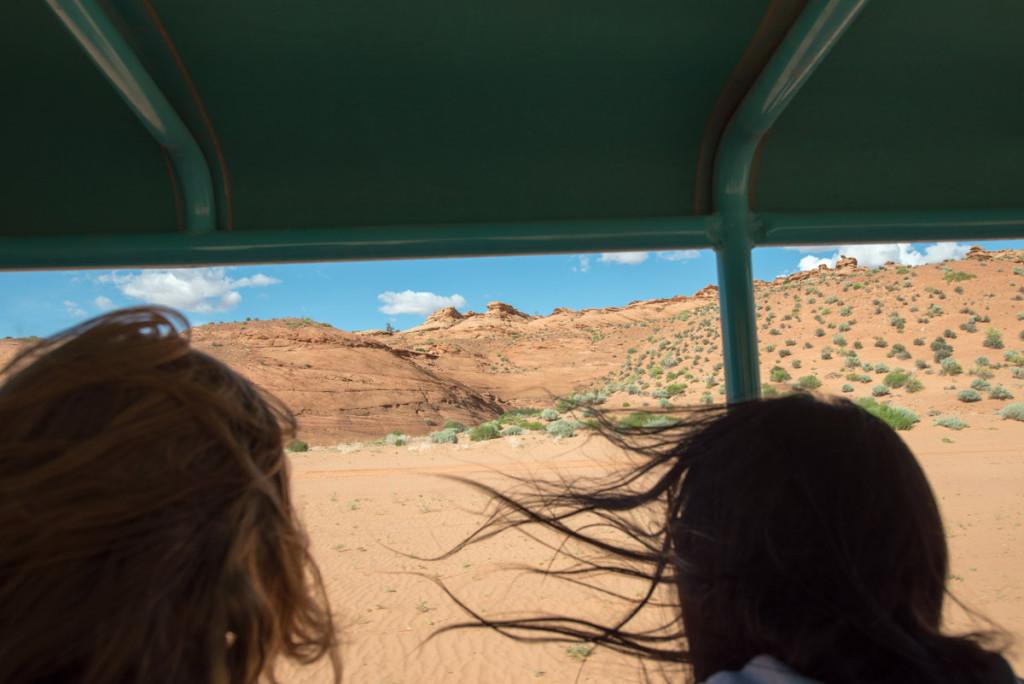 jízda na korbě Jeepu