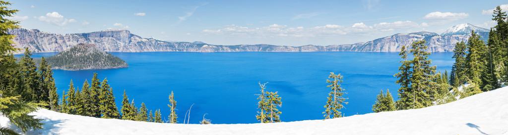 Kráterové jezero - panorama