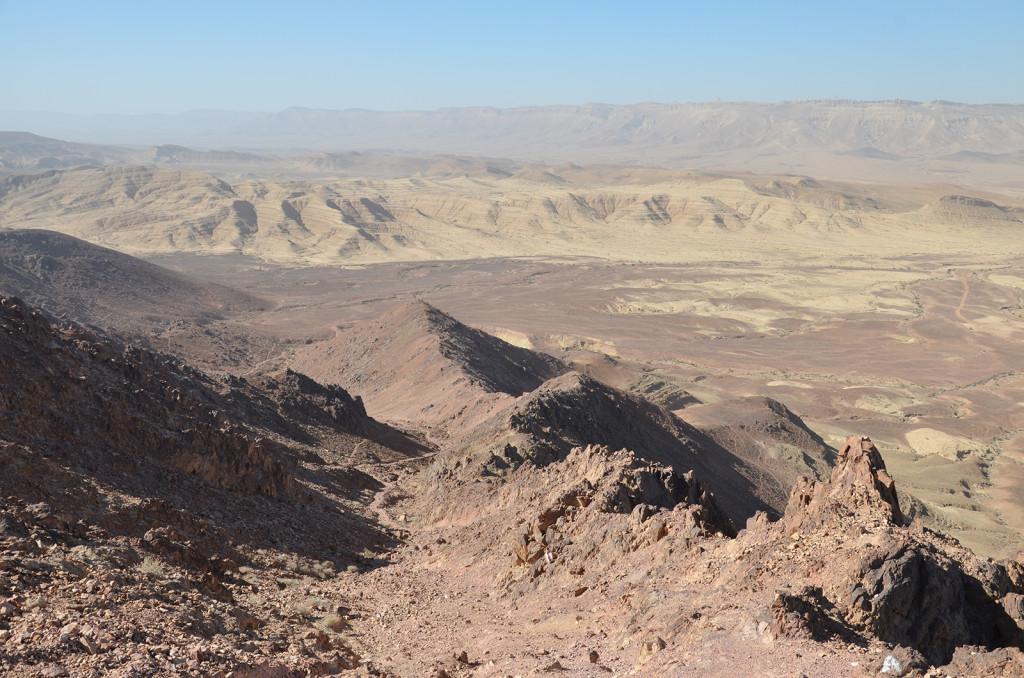 vyhlídka z místa jménem Ramonský zub, Negevská poušť, Izrael