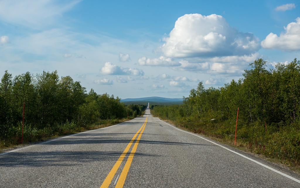 Silnice jako podle pravítka