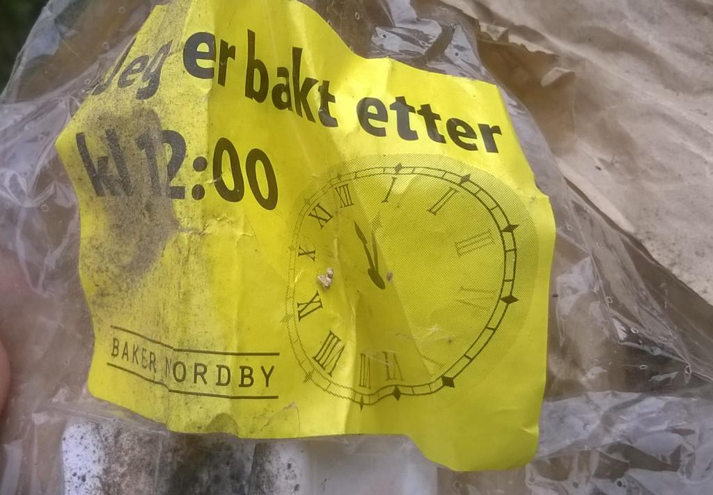 Chléb z norských potravinových popelnic