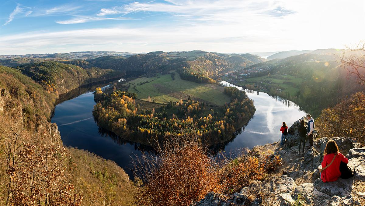 Vyhlídka na Solenický meandr Vltavy