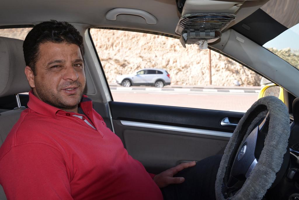 můj palestinský taxikář z 'kruhového objezdu' do Jericha