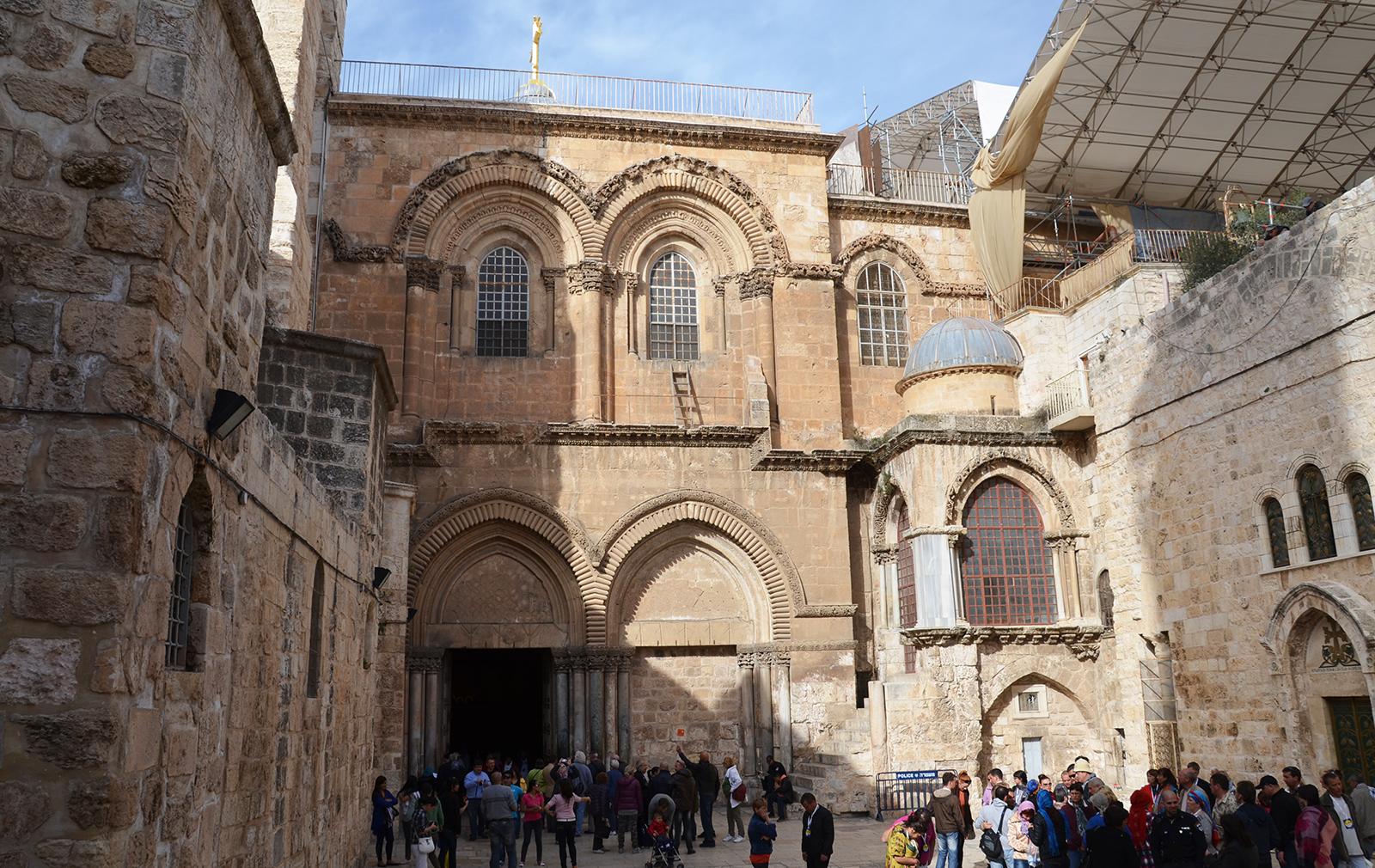 vchod do Chrámu Božího hrobu, Jeruzalém, Izrael