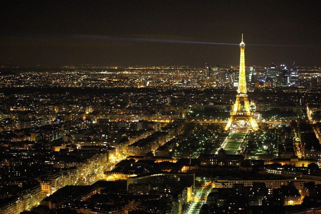valentyn v parizi
