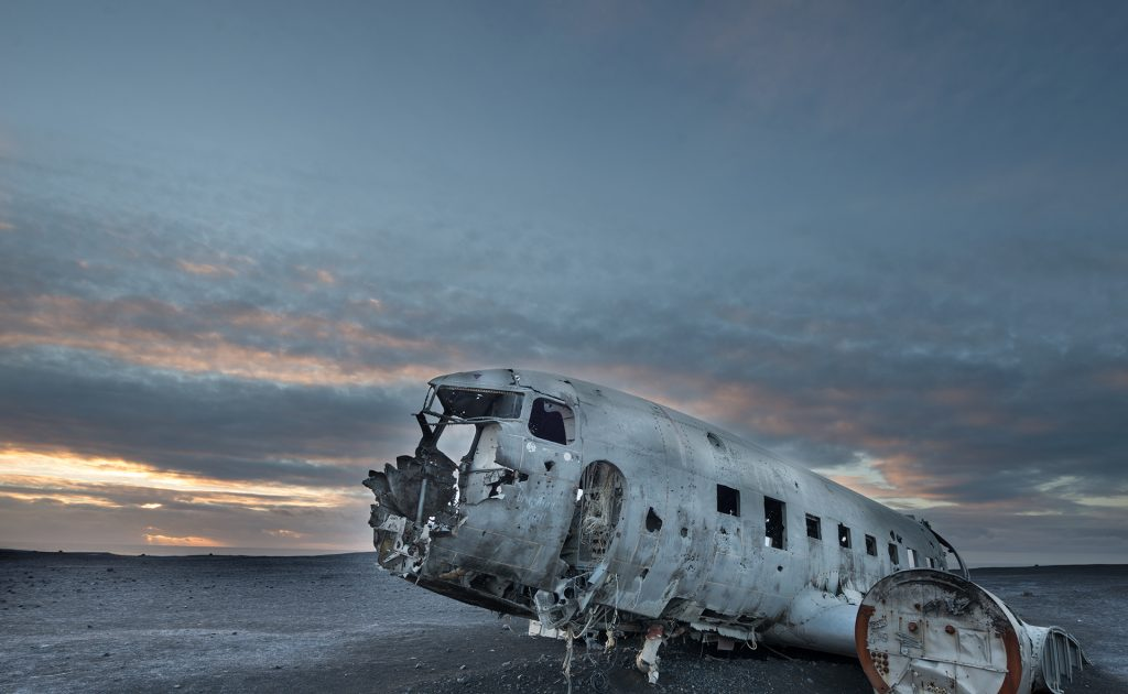 Solheimasandur abandoned DC-3