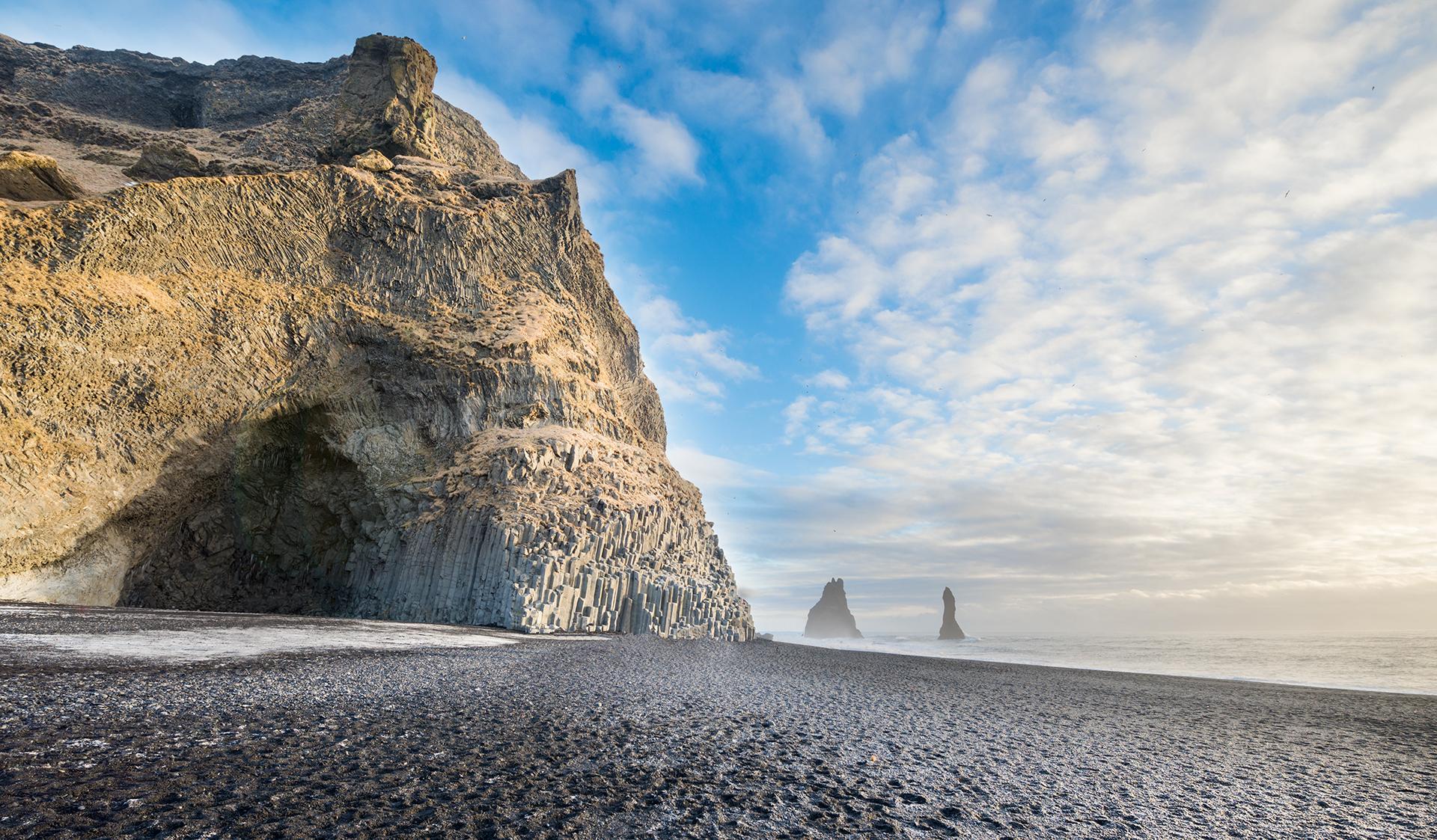Hálsanefshellir Cave at Reynisfjara Black sand beach