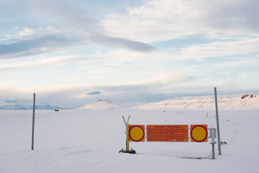 closed road stop iceland